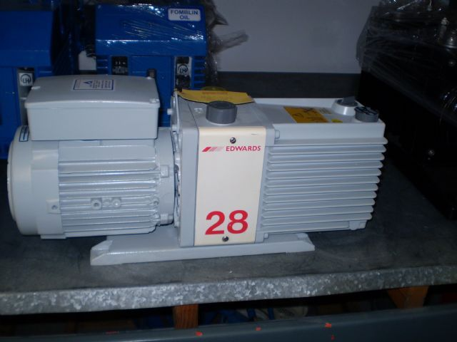 Edwards E2M28 - Vacuum pump repair and Sales