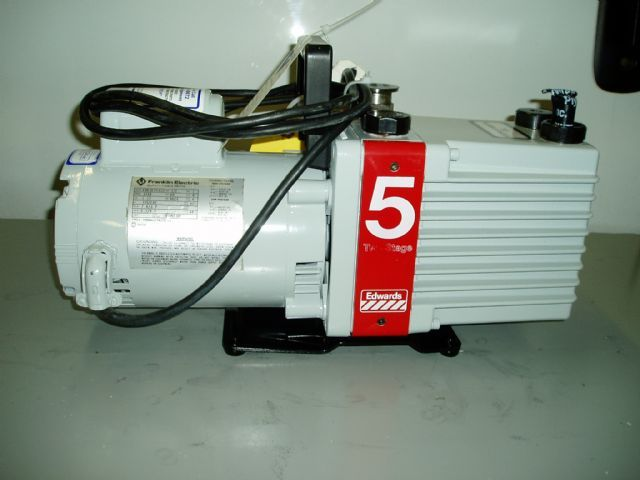 Edwards E2M5 - Vacuum pump repair and Sales