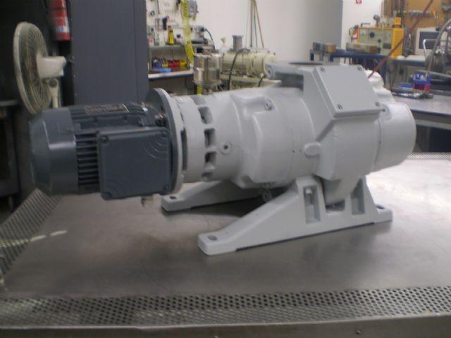 Leybold WAU251 - Vacuum pump repair and Sales