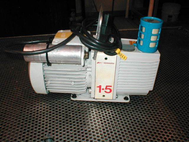 Edwards E2M1.5 - Vacuum pump repair and Sales