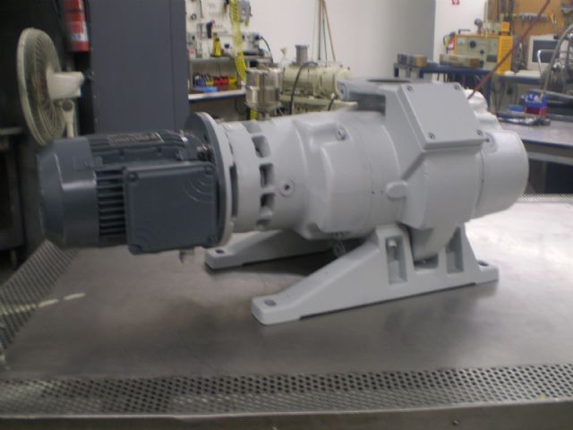 Leybold WAU251 - Vacuum pump repair and Sales